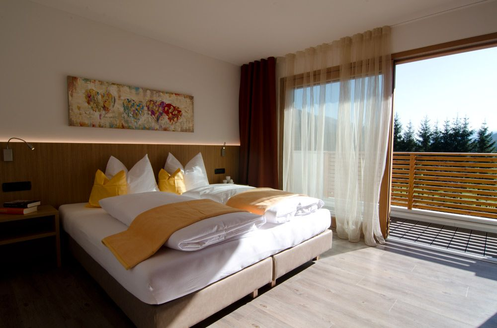 Appartamenti per famiglie 2 4 persone con balcone for 2 appartamenti della camera da letto principale